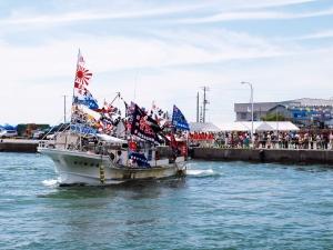 港まつり・漁船パレード